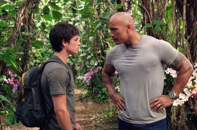 Josh-Hutcherson-and-Dwayne-Johnson-in-Journey-2-The-Mysterious-Island-2012-Movie-Image-3
